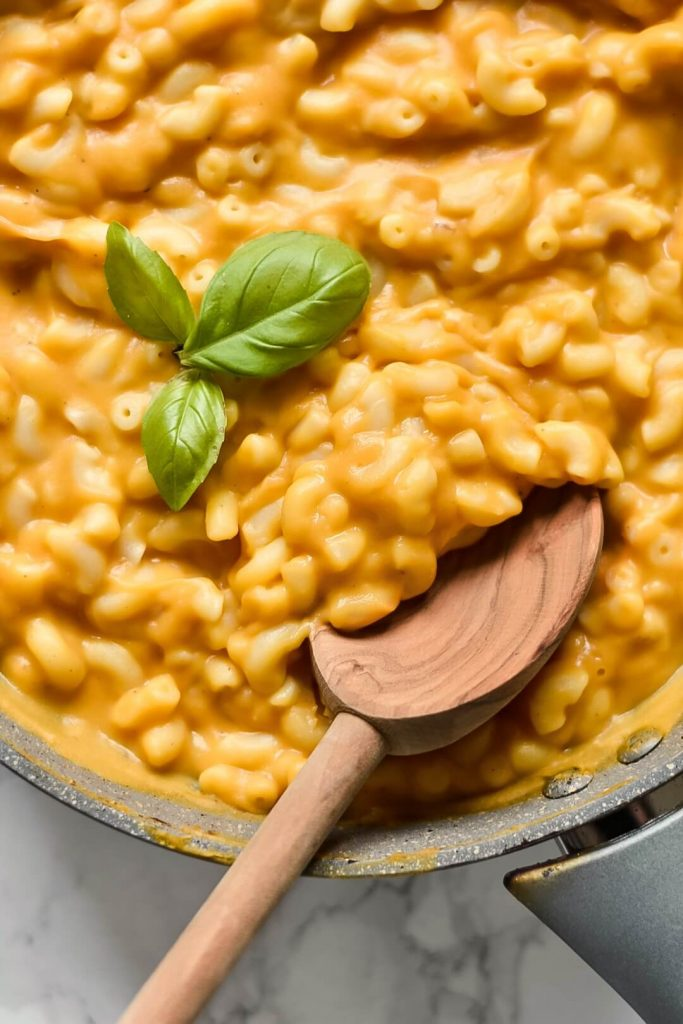 close up of some vegan mac and cheese